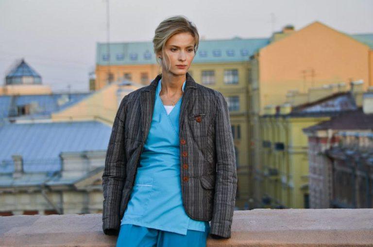 Беременный актеры и роли 2017 32