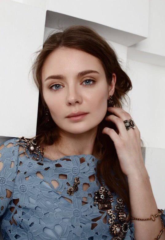 Фото молодых актрис россии театра и кино