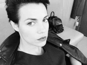 Актриса надежда борисова и алексей кравченко