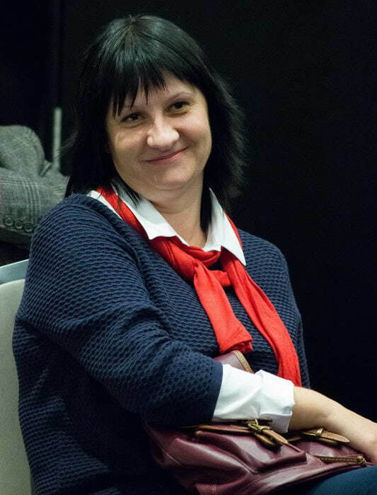 Елена Пускепалис75